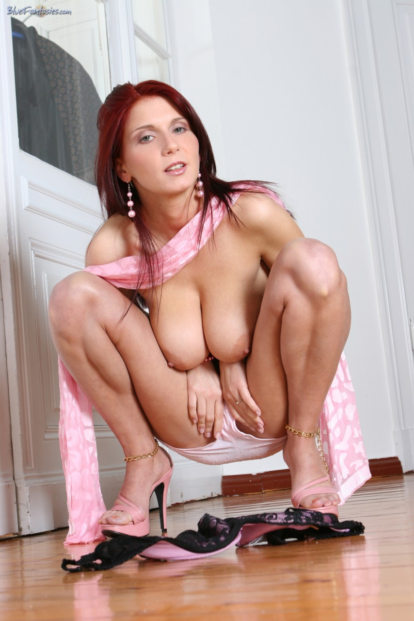 Girls sucking big dick s