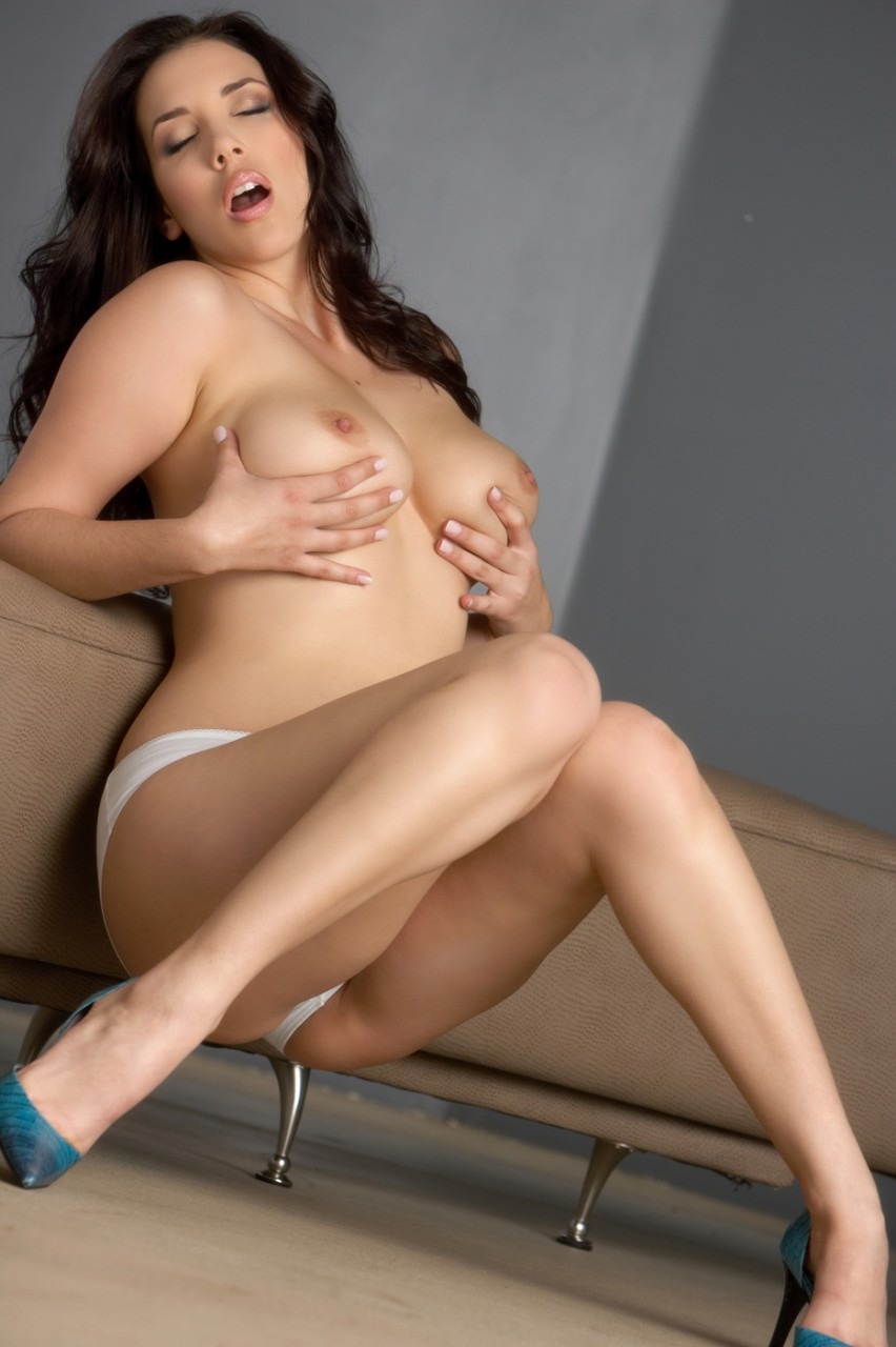 Totally nude girls in schools-7951